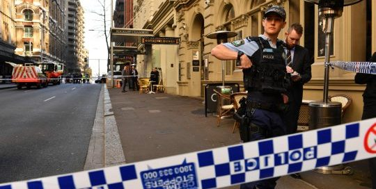 Photo police incident Melbourne